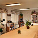 a dining room at Kokomo Healthcare Center